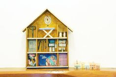 Vintage home decor Wooden house with vintage by Andolinaswishes, €73.50