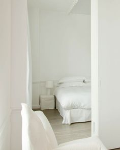La Maison Champs Elysees | Hotel Room designed by Martin Margiela