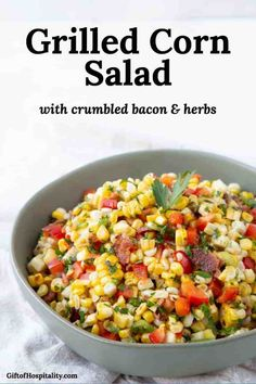 Grilled Corn Salad with Crumbled Bacon is the perfect summer side dish! It's packed with flavor and pairs perfectly with burgers or other cookout main dishes. Corn Recipes, Side Dish Recipes, Vegetable Recipes, Burger Sides, Sides With Burgers, Healthy Sides For Burgers, Grilled Corn Salad, Spinach Salad