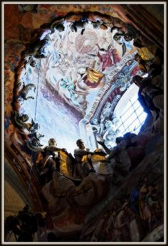 """Conocida com """"Tranparente"""", ésta obra escultórica de la Catedral de Toledo es todo un alarde de técnica escultórica."""
