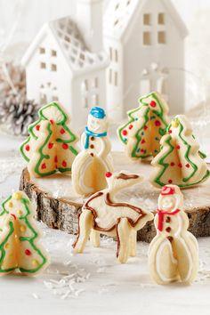 Les classiques biscuits au sucre, c'est tellement bon! Élevez les vôtres d'un cran en utilisant notre gabarit pour former des biscuits 3D. Le Père Noël sera certainement impressionné! Gingerbread, Kit, Desserts, Christmas, Recipes, Food, Sweet Cookies, Recipe, Template