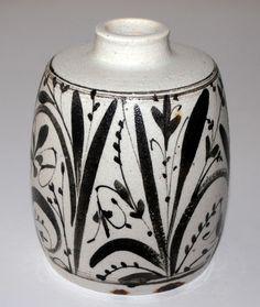 Nils Thorsson, vase in white stoneware, one of, handpainted by Nils Thorsson. Test item, Royal Copenhagen Denmark. H: 12,5 cm. W: 10 cm.