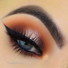 -Apply Peach Smoothie above the crease with a blending brush as a transition shade -Apply Frappe in the crease and on the inner and outer lid -Apply Cocoa