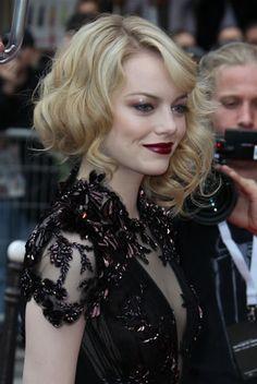 Emma Stone-go Gothic.
