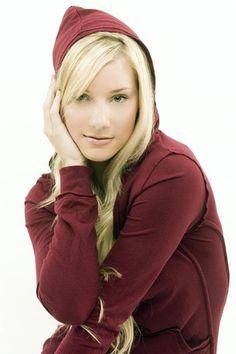 Katherine (Heather Morris)