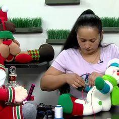 @sandramilenacookies - Programa práctico y sencillo Aprende a r... | Picpanzee Christmas Ornaments, Holiday Decor, Simple, Xmas Ornaments, Christmas Jewelry, Christmas Ornament, Christmas Baubles, Xmas Decorations, Christmas Deco