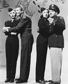Still of Bing Crosby, Danny Kaye, Rosemary Clooney and Vera-Ellen in White Christmas. I love getting to see Danny Kayeand Bing Crosby work together! Golden Age Of Hollywood, Vintage Hollywood, Hollywood Stars, Classic Hollywood, Hollywood Glamour, White Christmas Movie, Christmas Movies, Holiday Movie, Christmas Christmas