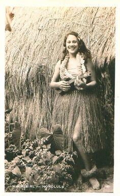 Hawaiian Hula Girl. PHOTO: VINTAGE
