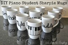 Sew Lah Tea Dough: DIY Piano Student Sharpie Mugs DIY project for your students, perfect for any gift! Easy project with infinite designs possible! Personalised for the added touch :-) Student Christmas Gifts, Homemade Christmas Gifts, Student Gifts, Homemade Gifts, Diy Gifts, Christmas Ideas, Christmas Crafts, Piano Crafts, Music Crafts