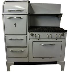 "1950S Oven | ... oven, and a warming oven. It measures 51"" wide, 28"" deep, and 60"" high"
