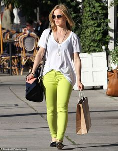 Mena Suvari's neon skinny jeans