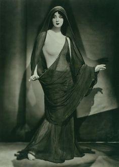 Ruth St. Denis, circa 1923 Photographer: Nickolas Muray