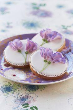 Decorated cookies....Sweet pea flowers