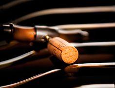 François Morinière a pris les rennes d'Oeneo en novembre 2014, société cotée avec un chiffre d'affaires de 170 millions d'euros, qui propose des solutions traditionnelles et innovantes pour le vin, depuis l'élevage avec les barriques Seguin-Moreau, jusqu'aux bouchons Diam en passant par le conseil en vinification avec Vivelys.
