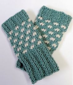 Candy Shoppe Fingerless Gloves - also a hat pattern tomatch