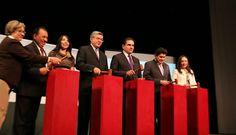 Michoacán entra a la vanguardia en materia de justicia, señaló el gobernador Silvano Aureoles al hacer la declaratoria de vigencia del Sistema de Justicia Penal Acusatorio y Oral en esa ...