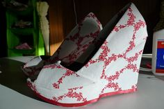DIY Patterned wedges. All you need is an old pair of shoes and fabric!