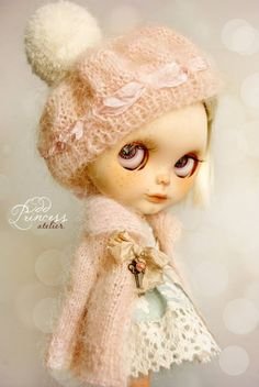 PINK MIST   Vintage Romantic Knitted Set For Blythe By Odd Princess Atelier  Available in my shop: https://www.etsy.com/listing/213299911/pink-mist-vintage-romantic-knitted-set