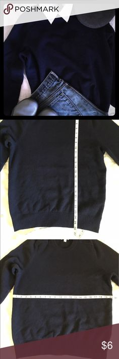 Men's XL Navy Blue Lambswool Sweater by Gap Gap Men's Navy Blue Lambswool Sweater.  Sz Large.  Pre-loved but in excellent condition.  No pills, snags, or holes.  Smoke and pet free home. GAP Sweaters Crewneck