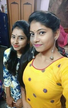 Meme Template, Templates, Glamour Beauty, Love Wallpaper, Indian Girls, Indian Beauty, Desi, Beautiful Women, Hair Styles
