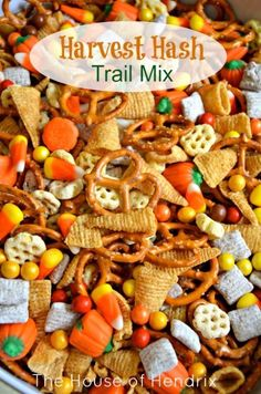 Delicious blend of salty and sweet. Recipe for Harvest Hash, a Halloween Trail M… Delicious blend of salty and sweet. Recipe for Harvest Hash, a Halloween Trail Mix. Perfect for a Fall snack, Halloween party, or gift for neighbors. Trail Mix Recipes, Snack Mix Recipes, Fall Recipes, Dinner Recipes, Dessert Recipes, Healthy Recipes, Pumpkin Recipes, Yummy Recipes, Soup Recipes