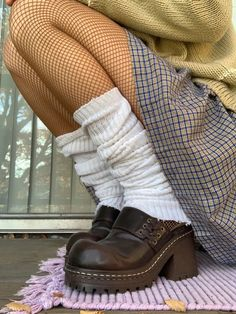 Aesthetic Shoes, Aesthetic Clothes, Mode Für Teenies, Mode Outfits, Fashion Outfits, Vetements Clothing, Mode Streetwear, Mode Vintage, Mode Inspiration
