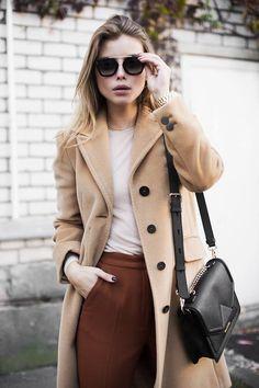 MAX&Co. Gabija Varnaitė looks effortlessly chic in Il Mio Cappotto Milan coat #MAX&Co. #camelcoat