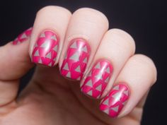Chalkboard Nails: Triangle Pattern Nails