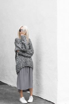 P&D MODEBERATUNG empfiehlt figtny.com | Grey Days#grau#simple#purismus#lookbook#skirt#rock#stilberatung#pd