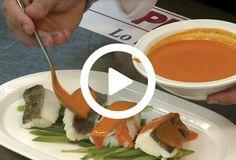 ¿Por qué el bacalao es un pescado tan apreciado en nuestra cocina? Por su rico sabor, por su textura delicada, por su versatilidad, también por su gelatina… A la plancha, al horno, guisado o cocido, siempre está bueno. Pero, ¿sabes cómo prepararlo para sacar lo mejor de él? Toma nota de algunos consejos prácticos para cocinar el bacalao de cuatro formas distintas…