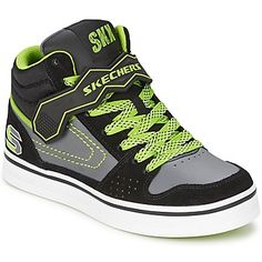 At Skechers, when you have style, you had better show it off! Sketchers has designed these colourful patterned trainers in eye-catching colours. Surprising! - Colour : Black-Gray - Shoes Child 39,96 €