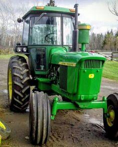 John Deere Equipment, Heavy Equipment, Old John Deere Tractors, Tractor Pictures, Welding Rigs, Heart Of America, Work Horses, Hobby Farms, Rubber Tires