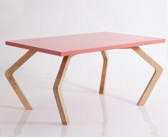 Mesa lateral Descadeirada by Studio613 #mixtapedesign #designancional #table