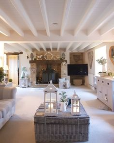 Well my loves Friday evening is here. Had a lovely afternoon with the boys at the cinema. Now I am not tight - far from it ! Cosy Cottage, Cottage Lounge, Cottage Living Rooms, Cottage Interiors, Home Living Room, Living Room Designs, Living Room Decor, Inglenook Fireplace, Shabby