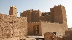 Al Diriyah, the original home of the Saudi Royal family, a few kilometres outside of Riyadh (the biggest sand castles I've seen!)