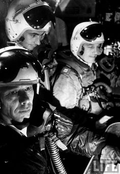 Men of the strategic air command aboard plane during air alert