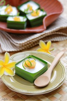 My Asian Favorit Indonesian Desserts, Indonesian Cuisine, Asian Desserts, Sweet Desserts, Asian Recipes, Thai Dessert, Dessert Drinks, Dessert Recipes, Thai Cooking