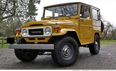 """8 collectible SUVs: Take a retro adventure [PHOTOS]: -- Old-school off-roaders have finally become desirable items at collector car auctions. >>> in photo: """"1960 - 1984 Toyota Land Cruiser"""""""