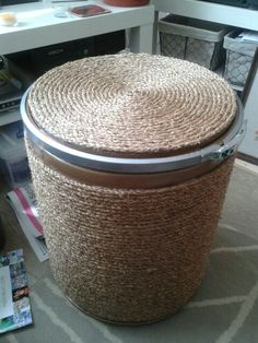 Completed barrel, just glass to add to the top then using as a table Barrel Projects, Diy Ottoman, Barrel Furniture, Diy Cardboard, Tonne, Craft Organization, Cool Diy Projects, Drum Shade, Sisal