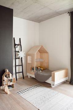 Lit cabane enfant 90 x 190 cm en bois | Lit Simon | Pinterest