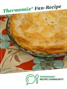 Recipe Chicken and Vegetable Pie by makeitperfect, learn to make this recipe easily in your kitchen machine and discover other Thermomix recipes in Main dishes - meat. Devilled Sausages Recipes, Sausage Recipes, Chicken Recipes, Cooking Recipes, Creamed Peas, Vegetable Pie, Potato Pie, Thermomix