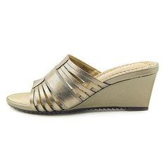 Amazon.com: Easy Spirit Women's Lista Sandals: Clothing