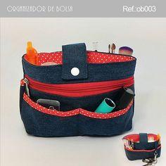 . VENDIDO  #artesanato #bolsas #carteira #presente