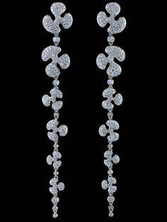 Jewellery Theatre - Free Forms Earrings