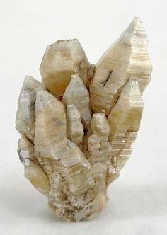Weloganite crystals cluster / Mineral Friends <3