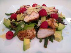 En verden af smag!: Salat med Kylling, Hindbær og Prima Donna