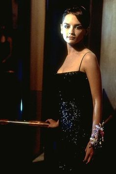 Rachel Leigh Cook's makeover in She's All That and more of the best prom beauty moments in film for this week's Throwback Thursday! 90s Prom Dresses, Ball Dresses, Rachel Leigh Cook, Prom Queens, Prom Looks, Hair Pictures, 90s Fashion, Fashion Movies, Style Fashion