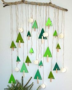 diy-calendrier-avent-foret-sapin thing, aren't you? Handmade Christmas Decorations, Christmas Activities, Christmas Crafts For Kids, Felt Christmas, Xmas Decorations, Christmas Projects, Holiday Crafts, Christmas Ornaments, Christmas Sewing