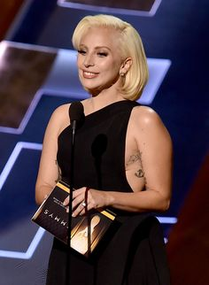 Lady Gagas Flawless Emmys Appearance Totally Impressed Fans on Twitter | Cambio