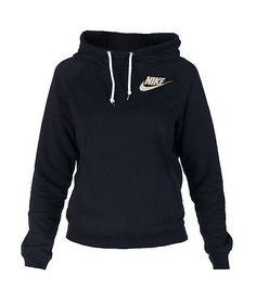 NIKE Pullover hoodie Long sleeves Soft inner fleece for comfort Single front kangaroo pocket Adjustable drawstring on good NIKE logo on chest